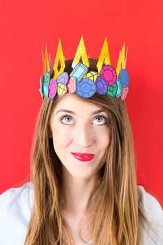 DIY Crown Jewels Costume. Really cute idea for a last minute Halloween costume