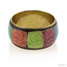 This cuff bracelet was made by Tara Projects who work to eliminate exploitation, poverty and the protection of rights of artisans against social injustices.
