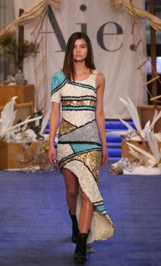 Mercedes-Benz Fashion Week Australia : AJE