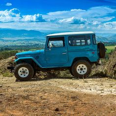 Off road test before restoration 1978 Toyota Land Cruiser FJ40 #fjco1978skyblue…