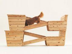 Abrigo para cachorro do projeto Architecture for Dog, que criou uma casa ou móvel inusitado para 13 raças diferentes de cães.