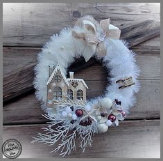 Best 12 41 Inspiring Christmas Accessories Ideas To Decorate Your Home Christmas Advent Wreath, Christmas Swags, Holiday Wreaths, Christmas Holidays, Wreath Crafts, Diy Wreath, Holiday Crafts, Wreath Ideas, Door Wreaths