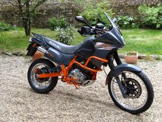 suzuki dr 650 rse  sp43 restauration moto monocylindre dr 650 rs trail