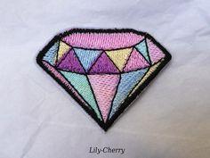 Patch écusson brodé thermocollant diamant couleurs pâles pinup rockabilly x1 : Déco, Customisation Textile par lilycherry