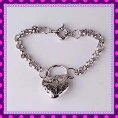 ♥️VALENTINES DAY♥️Heart/Flowers Link Bracelet♥️ 🆕💝🆕BEAUTIFUL 18K White Gold Filled Heart/Flowers Link Bracelet. Exceptional Quality Piece. Can be hooked on any link, so can be worn on any size wrist. You will not be disappointed with this piece. Matching earrings on the way!😉🆕💝🆕PRICE IS FIRM🆕💝🆕 Boutique Jewelry Bracelets