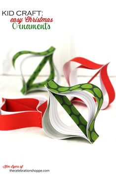 Easy Paper Christmas Ornaments from @Kim {The Celebration Shoppe} #papercraftedchristmas
