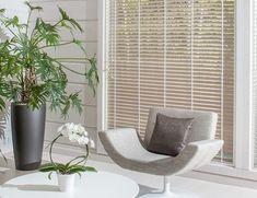 Piklakselta nyt kauniit suuret ikkunat myös sinun kotiisi. 😊 #window #ikkunat #white #inspiration #decor #finnish Floor Chair, Accent Chairs, Flooring, Furniture, Home Decor, Upholstered Chairs, Decoration Home, Room Decor, Wood Flooring