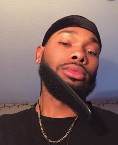 Fine Black Men, Black Boys, Fine Men, Black Man, Beard Head, African Shirts For Men, Beard Lover, Fine Boys, Pretty Black