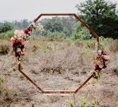 Boho Wedding, Wedding Decorations, Wreaths, Inspiration, Mirror, Style, Wedding Arch Flowers, Bow Wedding, Wedding Ideas