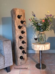 Tree Furniture, Diy Furniture Projects, Handmade Furniture, Wood Projects, Barn Board Projects, Wooden Hinges, Dining Table In Kitchen, Old Wood, Industrial Furniture