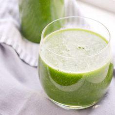 Fris peer kiwi komkommer en spinazie sapje met citroen
