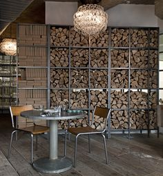 You need a indoor firewood storage? Here is a some creative firewood storage ideas for indoors. Lots of great building tutorials and DIY-friendly inspirations! Design Café, Floor Design, House Design, Design Logos, Graphic Design, Deco Restaurant, Restaurant Design, East Restaurant, Interior Architecture