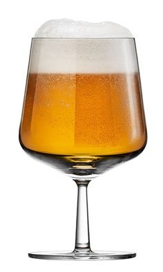 iittala Essence Beer Glasses (Set of Fine beers now have glassware with the elegance and precision they deserve. The iittala Essence Beer Glass was carefully crafted to maintain head and stimulate complex flavors, while showcasing the col. Beer Glass Set, Wine Glass, Design Bestseller, Fine Wine, Scandinavian, Alcoholic Drinks, Glasses, Tableware, Serveware