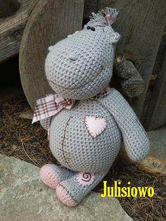 Crochet pattern . Crochet doll Hippo. PDF pattern . par Julisiowo