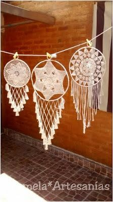 Sublime Crochet for Absolute Beginners Ideas. Capital Crochet for Absolute Beginners Ideas. Crochet Crafts, Crochet Doilies, Crochet Stitches, Crochet Projects, Mandala Crochet, Lace Dream Catchers, Dream Catcher Boho, Los Dreamcatchers, Craft Ideas