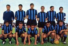Inter Milan team group in Football Awards, Football Stadiums, Football Kits, Uefa Champions, Champions League, Club World Cup, Association Football, Retro Football, Team Photos