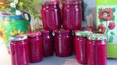 Ингредиенты и рецепт приготовления свекольной аджики: 2 кг.свеклы, 12 штук перца красного болгарского, 10 штук перца горького, 3 кг помидор, 3 головки чеснока (больших), 0.5 стакана растительного масла , 0.5 стакана уксуса 9%, 3 ст.ложки сахара, соль по вкусу. Всё прокрутить через мясорубку. Варить в течение одного часа. Разложить в стерелизованные банки и закатать. источник