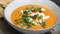 Sweet potato and carrot soup with coconut milk. Soup Recipes, Vegan Recipes, Dinner Recipes, Cooking Recipes, Coconut Milk Soup, Clean Eating, Food Inspiration, Good Food, Food Porn