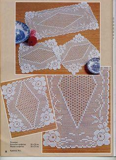 trittico filet fiorellini (1) - magiedifilo.it punto croce uncinetto schemi gratis hobby creativi