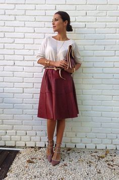 SheIn offers Wine Red PU Leather Pleated Skirt & more to fit your fashionable needs. Modest Fashion, Skirt Fashion, Beautiful Outfits, Cool Outfits, Street Chic, Street Style, Look Office, Smart Outfit, Outfit Work