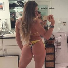 Caroline Priscilla Big Thong Butt