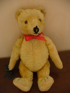 Vintage teddy bear (1967)