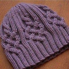 Ещё одна шапочка со схемой в копилочку.