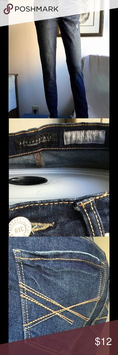 "Distressed Aeropostale Skinny Jeans Distressed Aeropostale Skinny Jeans. EUC. 30"" inseam. Aeropostale Pants Skinny"