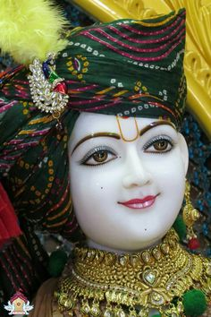 Krishna Pictures, Krishna Images, Jay Shri Ram, Sculpture Techniques, Lotus Art, Jai Shree Krishna, Durga Maa, Hare Krishna, Lord