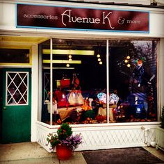 Two weeks from Avenue K Accessories' grand opening and the fall window display looks fabulous!