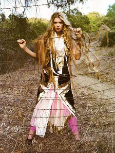 Este traje esta inspirado en la vestimenta de los bárbaros...