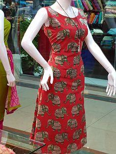 Simple yet stylish neck designs for kurtis - Simple Craft Ideas Kalamkari Designs, Churidar Designs, Kurti Neck Designs, Kurta Designs Women, Kurti Designs Party Wear, Blouse Designs, Dress Designs, Kalamkari Dresses, Kalamkari Kurti