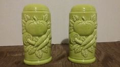 Salt And Pepper Shakers Vintage Japan Country Garden Vegetables Green