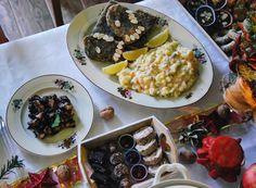 Toto je náš overený recept, ako pripraviť štedrú večeru bez ryby a majonézy, ale tak, aby chuťou oklamala aj toho, kto túži po pravej rybe. Aj výzorovo zapadne na tradičný stôl, tofu je len tmavšie kvôlinori riase, ale po dojedení vám bude oveľa ľahšie.Môžete nasledovať náš recept ale nebojte sa ho upraviť tak, aby vyhovoval …