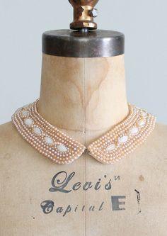 Sweater collar beaded pearls