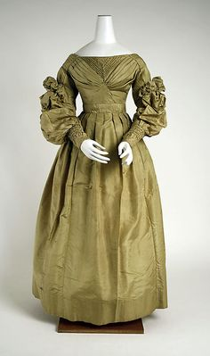 1830s Ensemble  I normally don't like the transition style of Regency to Victorian, but this dress is lovely.