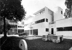 Villa Church, Ville-d'Avray, France, 1927 | by Luiz Guilherme Varela Alves
