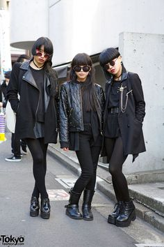 When we spotted Aya, Bambi & Kotoha walking together in Harajuku, they immediately caught our full attention! Their all-black fashion, black hair, red eye makeup & overall styling stood way out of the crowd. We found out that Aya & Bambi are famous dancers in Japan, having been featured in music videos of BOA, Miliyah Kato, Jin Akanishi & others! #tokyofashion #street snap #Harajuku