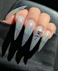 ⚠️❣️If you not grabbing with claws then you're not grabbing at all❣️⚠️ Fancy Nails, Love Nails, How To Do Nails, Pretty Nails, Stiletto Nails, Glitter Nails, Coffin Nails, Gel Nails, Holographic Glitter