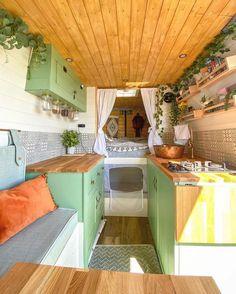 Bus Interior, Campervan Interior, Interior Design, Bus Living, Tiny Living, Saint Nazaire, Van Design, Layout Design, Van Home