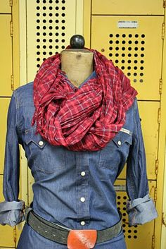 Sticks and Stones: How to tie your scarf - a tutorial.