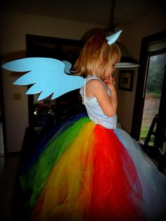 My Nerd Obsessions (Rainbow Dash Dress in 47 easy steps (or maybe just 10)) Rainbow Dash DIY Tutorial My Little Ponies