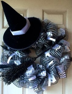 Black and Silver Witch Halloween Deco Mesh Wreath Halloween Mesh Wreaths, Christmas Mesh Wreaths, Holiday Wreaths, Fall Halloween, Halloween Crafts, Halloween Decorations, Halloween Masquerade, Winter Wreaths, Spring Wreaths