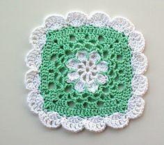 "Crochet Granny Square Ideas Free pattern for ""Pretty Scallops Dishcloth"" by MoCrochet! Crochet Square Patterns, Crochet Motifs, Crochet Blocks, Crochet Dishcloths, Crochet Squares, Free Crochet, Knit Crochet, Granny Squares, Crochet Flower"
