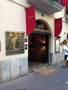 Cappuccino Grand Cafe in Central Palma