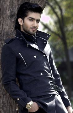 Popped collar jacket. Great for vampires and lady bros.