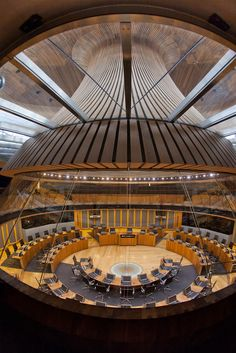 Welsh National Assembly Senedd in Cardiff by Richard Rogers Partnership Cardiff Wales, Cardiff City, Wales Uk, South Wales, Renzo Piano, Interesting Buildings, Beautiful Buildings, Norman Foster, Amazing Architecture