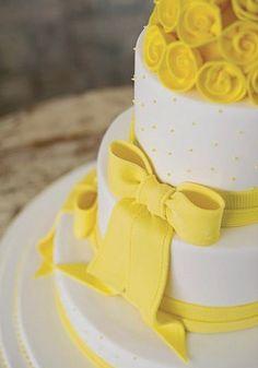 cupcake yellow bolo amarelo