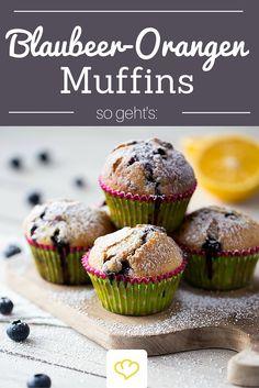Blaubeer-Muffins mit Orange verfeinert - So lecker, dass du am liebsten gleich ein 2. Blech backen wirst!