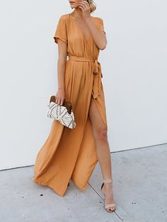 Maxi Wrap Wrap Kleider langen Kleid Maxi Sommer Wrap Kleid Guest Outfit Formal Guest Outfit Green Guest Outfit Ideas Guest Outfit Jeans Source by long dresses Maxi Dress With Slit, Maxi Wrap Dress, Boho Dress, Dress Up, Wrap Dresses, Dress Casual, Party Dresses, Long Casual Dresses, Dresses Dresses